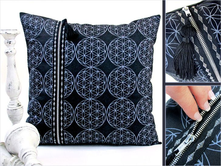 Free Sewing Pattern and Tutorial - Double Zipper Pillow by Sew 4 Home & 361 best Pillows \u0026 Throws images on Pinterest   Sewing ideas ... pillowsntoast.com