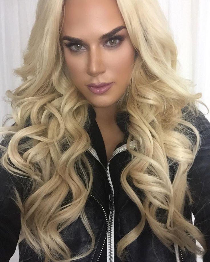 "CJ Perry on Instagram: ""#Selfie time  ❤️ @honeybeileen beautiful #makeup she is truly an amazing #MUA  my #bellamihair #bellamiboogatti makes me look #ravishing  use discount code cj perry  for great #savings """