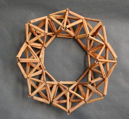 "DIY Cinnamon Stick Himmeli Wreath 16.5"" x 15"""