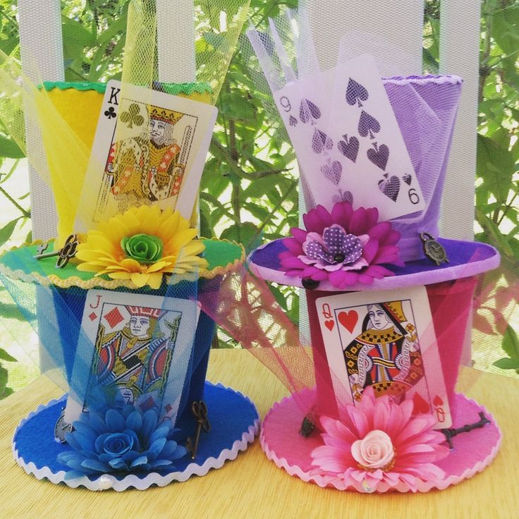 Set of Four (4) Medium Felt Mad Hatter Hats with Playing Card - Alice in Wonderland Birthday, Tea Party, Shower, Sweet 16, Quinceanera by EdieSChicCrafts on Etsy https://www.etsy.com/listing/244205493/set-of-four-4-medium-felt-mad-hatter