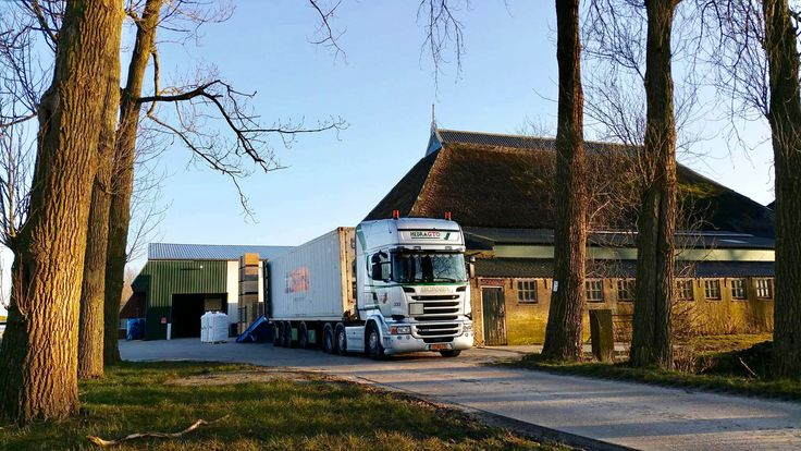 sweet potatoes ... the new potato season has begon #potato #nofarmersnofood #reefer #container #transport #netherlands #bigbags #scania