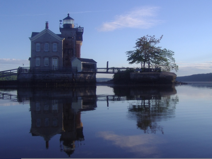 Saugerties Lighthouse: New York Cities, Saugerti Lighthouses, Rivers T-Shirt, Travel, U.S. States, New York States, Lonely Planets, Hudson Rivers, Hotels