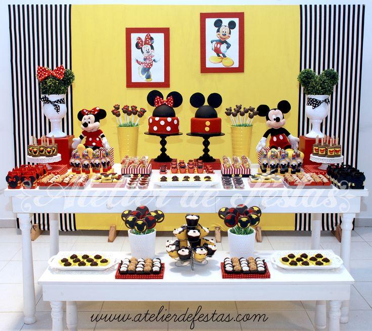 Decoaração com o tema Mickey e Minnie para os irmãos Gabriel (11 anos) e Manuella (4 anos), realizada no novo (e lindo) Buffet Wishes, no T...