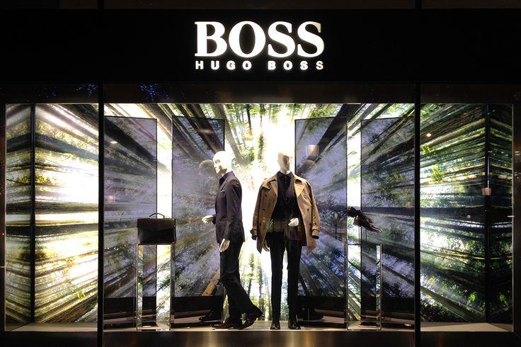 Hugo Boss Parigi, vetrina uomo Gennaio 2015