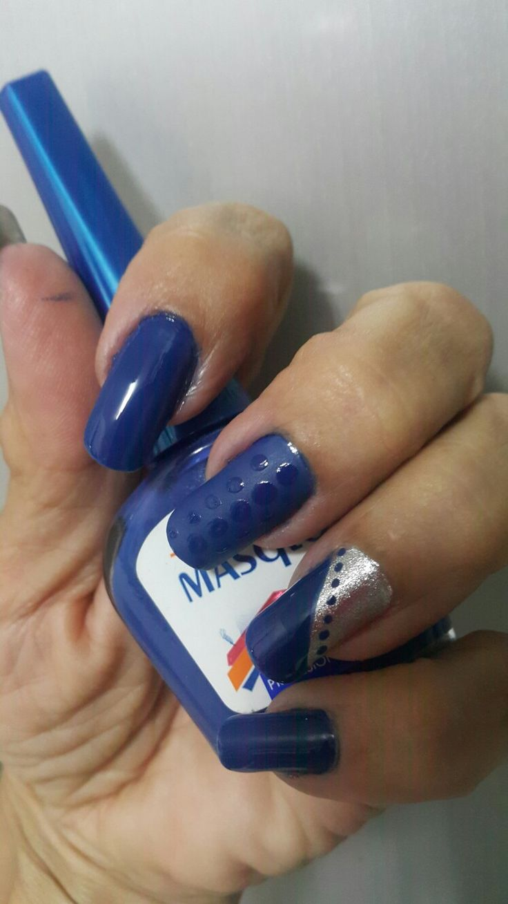 Nails. Nails...realizado con  masglo color intrépida.  💅 😉