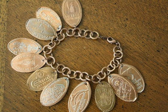 Pressed penny bracelet. I live getting pressed pennies and now I know what I can do with them.
