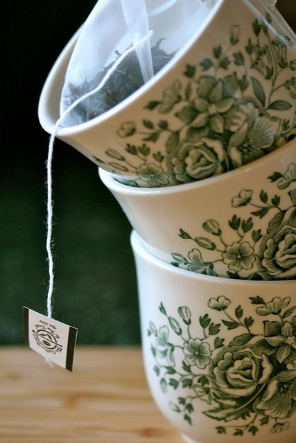 I Love the green print on these cups, like a beautiful reminder that no matter the tea it all comes from the green earth!