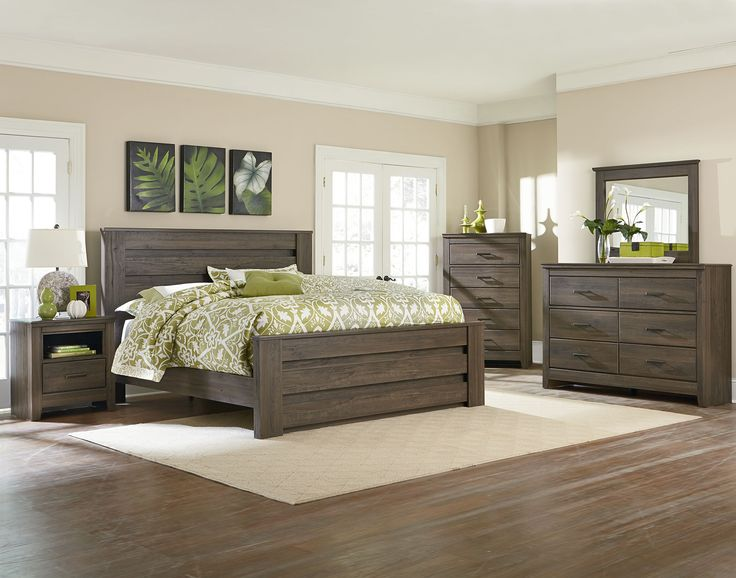 The Hayward Mansion Bedroom Set is a hefty proportioned 3 or 5 piece furniture set that is finished in a dark brown oak weathered style.