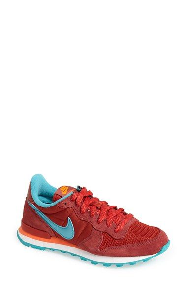 Free shipping and returns on Nike 'Internationalist' Sneaker (Women) at Nordstrom.com. First introduced at the 1982 New York Marathon, Nike's Internationalist model has been reborn as a swanky retro-inspired sneaker in an updated tri-tone colorway.