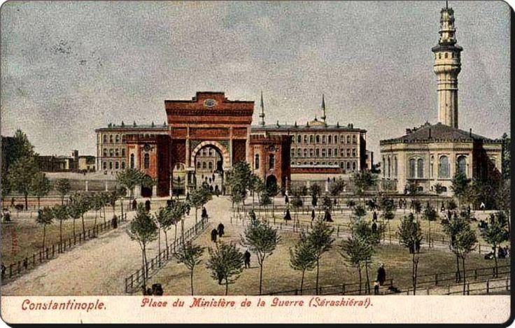 Beyazıt meydanı-1890 lar.