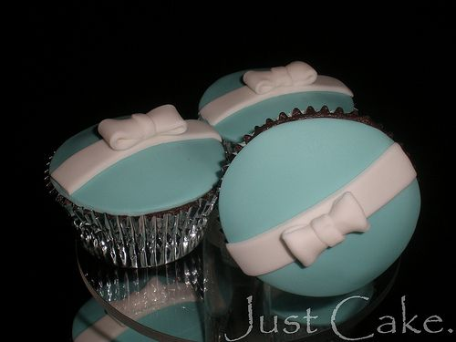 tiffany  co cupcakes! I think these would be great for an engagement party or bridal shower for ash