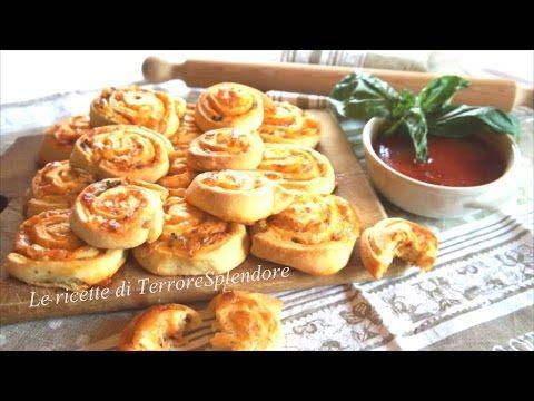 Girelle salate al sapore di pizza - YouTube