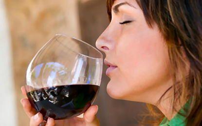 Smak wina, a mikroby: Wydaje się, że badaczom udało się poznać w lepszym stopniu, w jaki sposób bakterie dodają smaku i aromatu do wina. Dział enologii będzie mógł się zatem wzbogacić o nowe informacje. #wino #alkohol #enologia #biologia #kompresja #wiedza