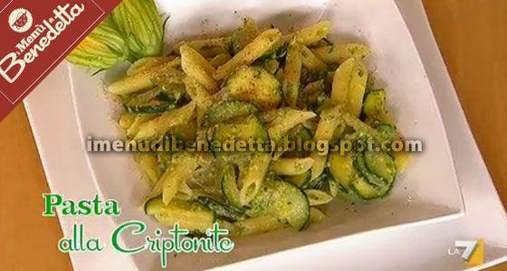 Un piatto di pasta speciale ma con ingredienti semplici e preparato con una attrice italiana giovanissima e che ama cucinare Cristiana Cap...