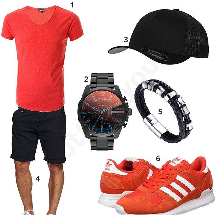 Lässiges Herren-Outfit mit rotem Früchtl Shirt, schwarzem Flexfit Cap, Diesel Chronograph, Halukakah Armband, Indicode Shorts und Adidas Schuhen.