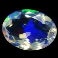 宝石名 ウォーターオパール サイズ 10x7.3 重 量 1.37ct カ ッ ト オーバルカット 硬 度 5.5-6.5  ぶわりと表れる遊色が楽しいウォーターオパール 青紫色の遊色をベースに はじけるような黄緑色や繊細な赤色の遊色が現れます 『ウォーター』の名にふさわしいクリアなルースで透明な空間に様々な色が浮かび上がる様子はとっても幻想的 ずっと眺めていたくなるたいへん魅力的なルースです