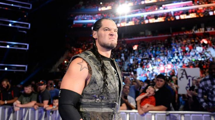 Baron Corbin fires back at fan that made fun of his hairline and physique