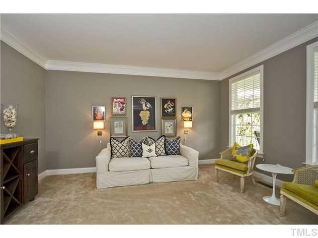 Beige carpet gray walls