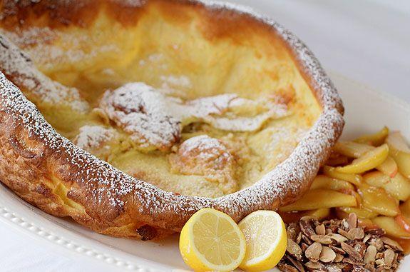 German pancake with apples