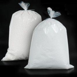 PERLITA DE POREXPAN (POLIESTIRENO EXPANDIDO) Perlitas de porex en bolsas de 150 gramos de 3 o 5 mm de diámetro. Un relleno versátil para cojines y embalajes de todo tipo.  #PerlitadePorexpan #RellenodePufs #PolyesterBeads