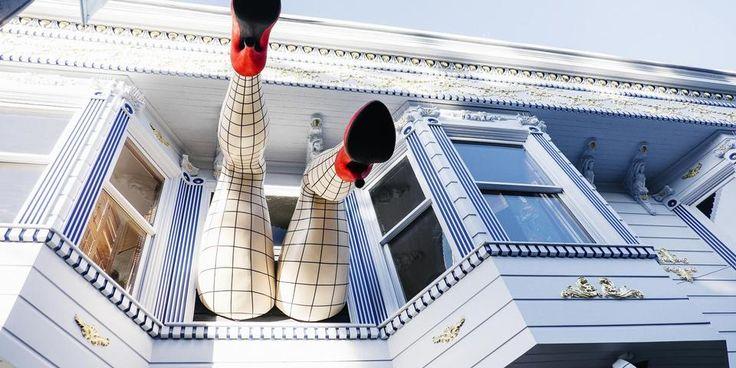Selv om designerbutikker og hippe barer er begyndt at spire frem, emmer San Franciscos Haight Street stadig af hippier og modkultur.