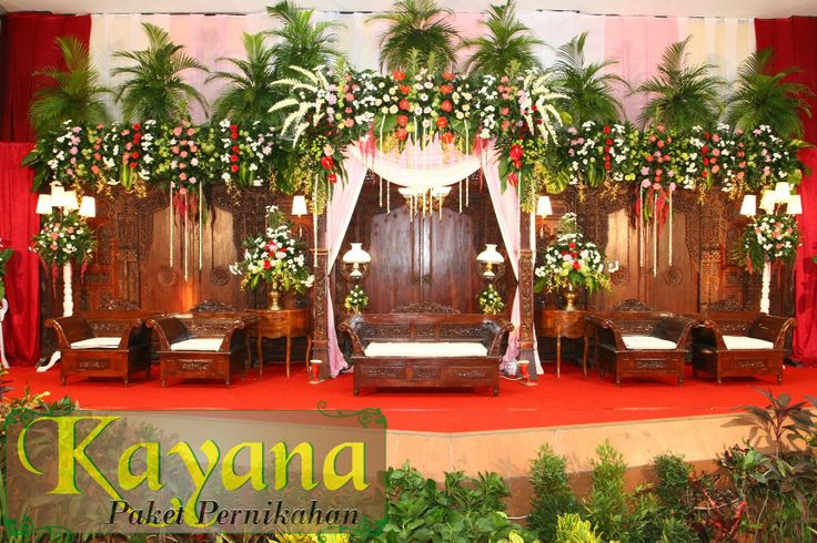 Pelaminan Pernikahan Tradisional http://pernikahansemarang.blogspot.com