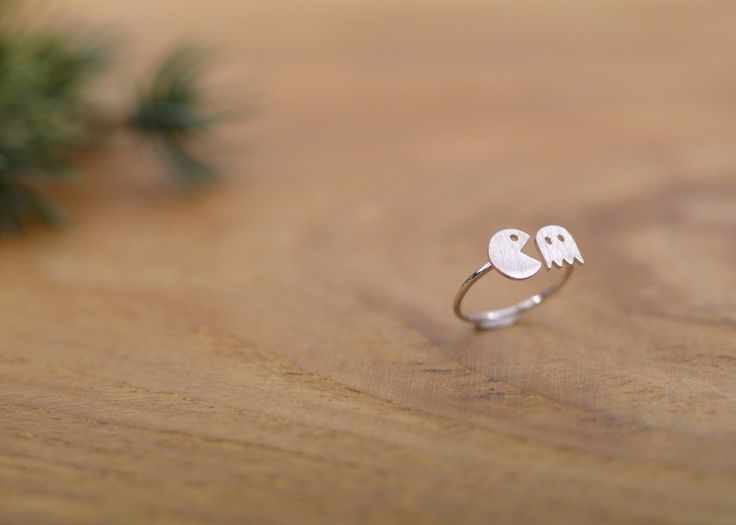 Image of 'PACMAN' ring