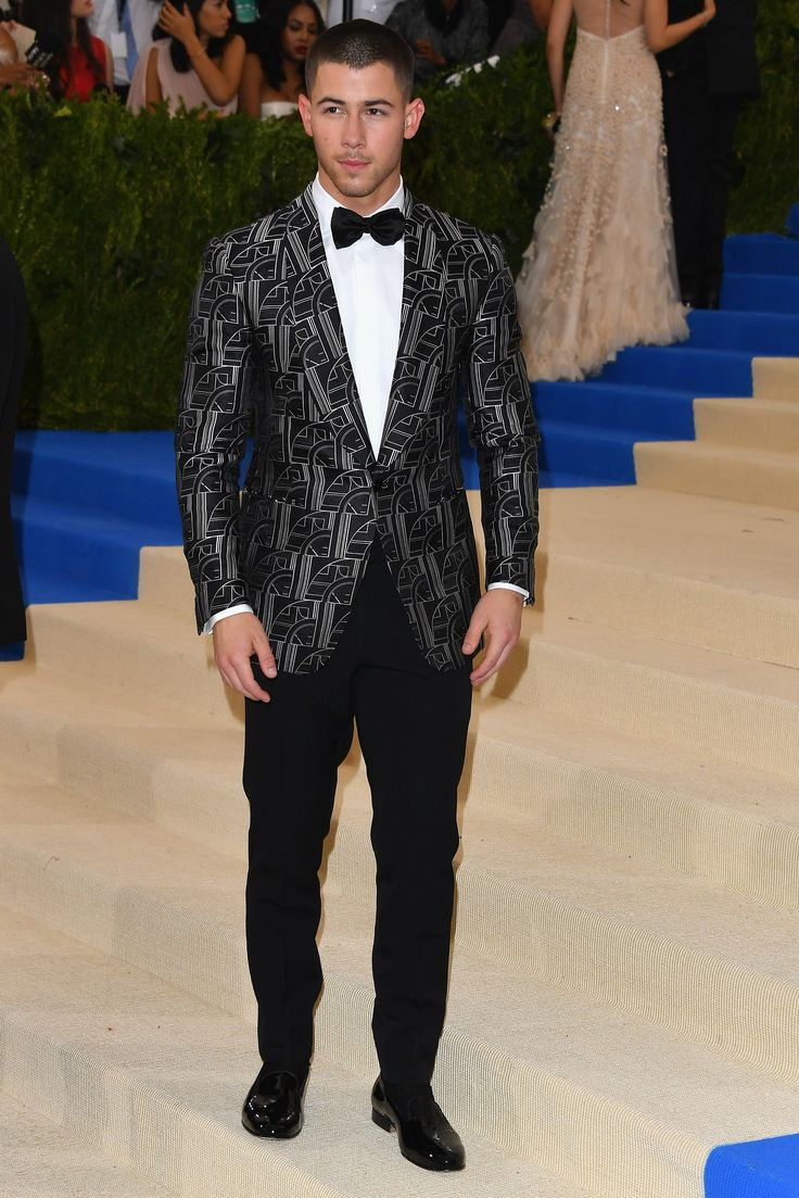 Nick Jonas in Ralph Lauren - elegant and chic without being dated already.Photo: Getty Images