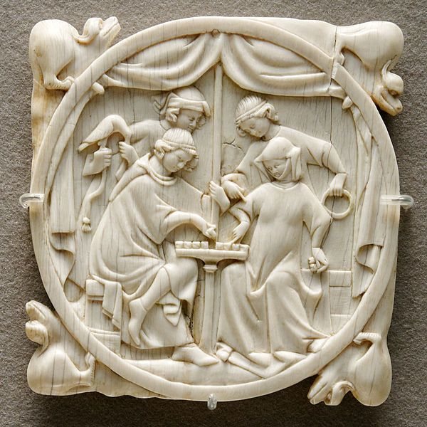 114 best images about medieval ivory mirror cases and for Miroir 9 cases