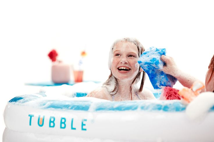 Inflatable #Tubblebath is soft and is ready in 2 minutes! Your kids will love splashing in it.