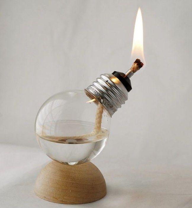 Ideas #DIY para reciclar #bombillas - Una vela                                                                                                                                                                                 Más