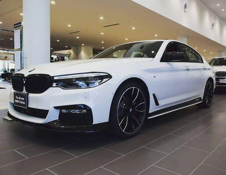 33 вподобань, 1 коментарів – 芹澤 信宏 (@serinobu.bmwf30) в Instagram: «NEW BMW 523d  #bmwtokyobay #bmw #msports#mpower #mperformance #cleandisel #disel #523d #japan…»