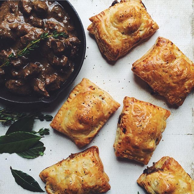 South African Pepper Steak Pies via @feedfeed on https://thefeedfeed.com/thedaleyplate/south-african-pepper-steak-pies