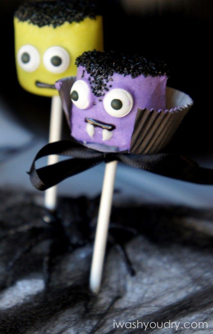 Dracula Marshmallow Pops