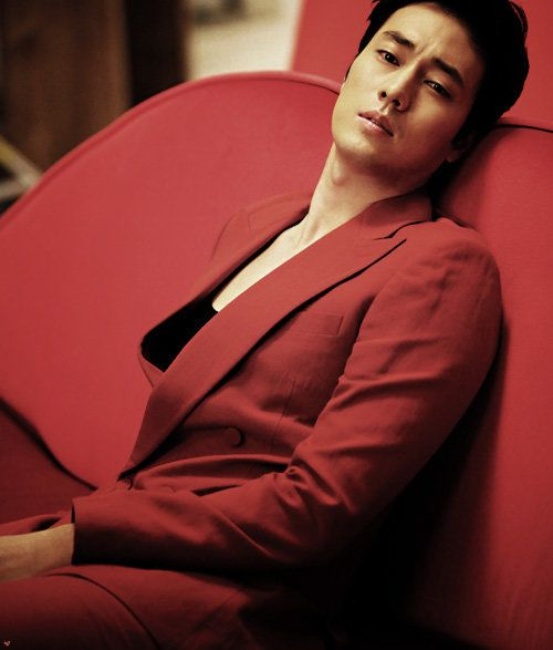 So Ji Sub... only he could pass off a RED SUIT to look this fine. #kdramaworld
