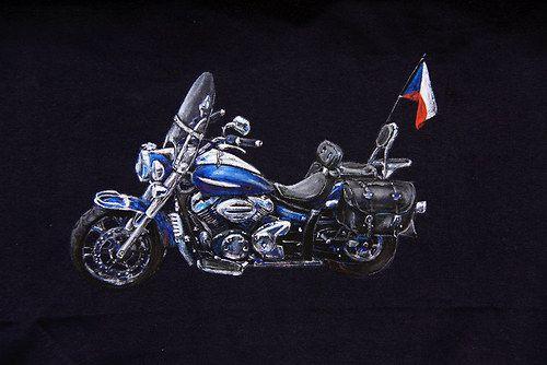 motorka na tričku na přání
