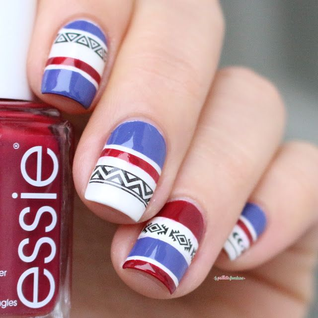 Essie shall we chalet ?  nail art pull norvégien - aztec pattern water decals née jolie