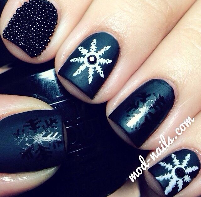 Nails and and   engineering worth Nails  snow real keighley Christmas     Nail flakes Snowflakes Xmas valley Obsession