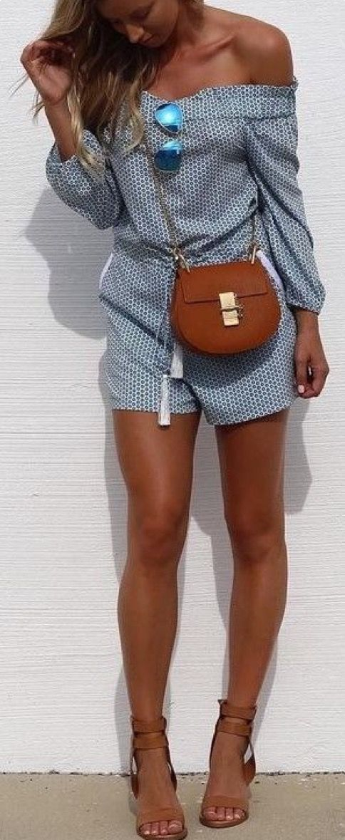 Adore everything about this look! Time for a tan!