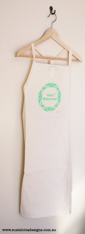 This beautiful mint green coloured apron is 74 x 84 cm    Made from high quality 55% Hemp 45% Organic cotton and has a lovely buttery feel.    Hand-screen printed & designed & Made in Australia.    Using solvent free, non-toxic inks.    If you would like any other colours then please drop me a line in my in-box