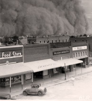 Dust storms in Oklahoma (1937)