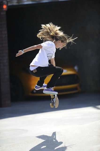 i want to raise girls like this. fearless. proud. gravity-defying.