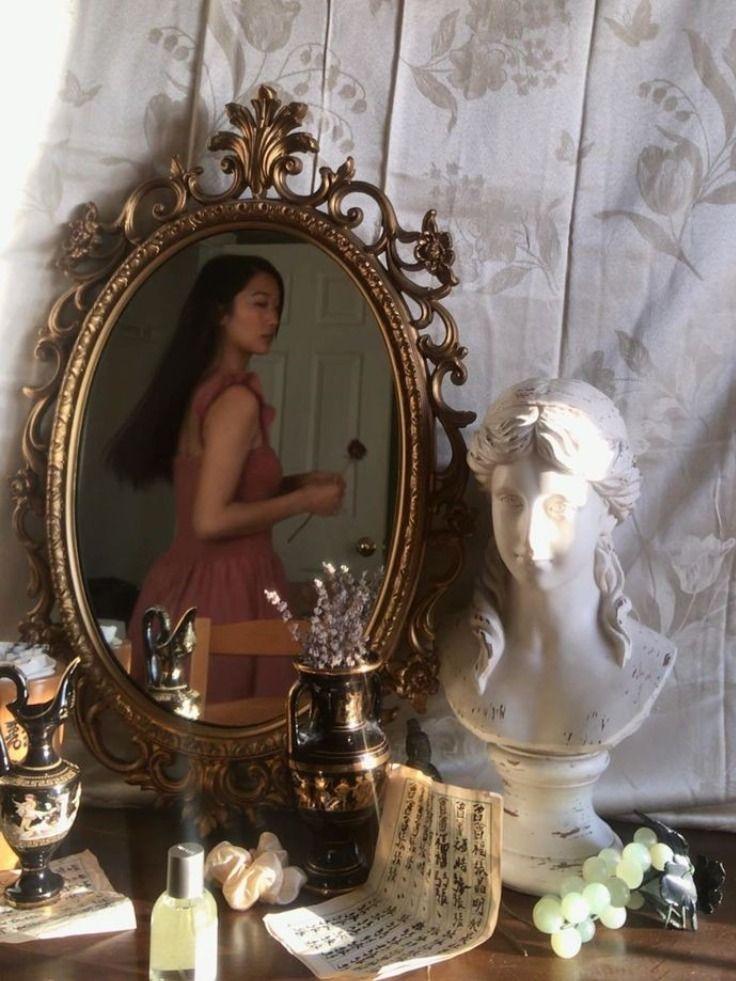 Aesthetic Mirror In 2020 Aesthetic Bedroom Parisian Decor Classy Aesthetic