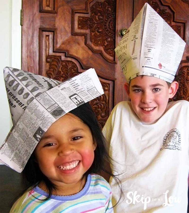 How to make a paper hat. An easy and inexpensive craft and activity to do with the kids #kids #kidsactivity #paperhat #hat