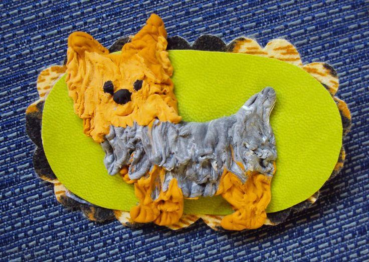 si vous voulez podeis: Broche de Yorkshire terrier