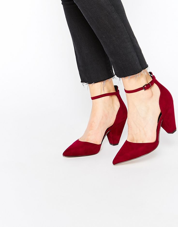 ASOS SPEECHLESS Pointed Heels // http://www.shopstyle.com/action/loadRetailerProductPage?id=491055580&pid=uid6644-26914762-33