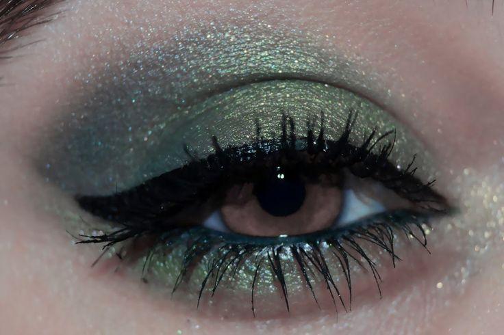 Maquillaje de ojos en tonos verdes ~ Maquillaje para ojos marrones
