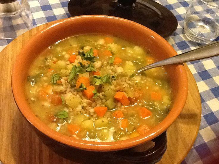 minestrone di verdure con orzo e farro