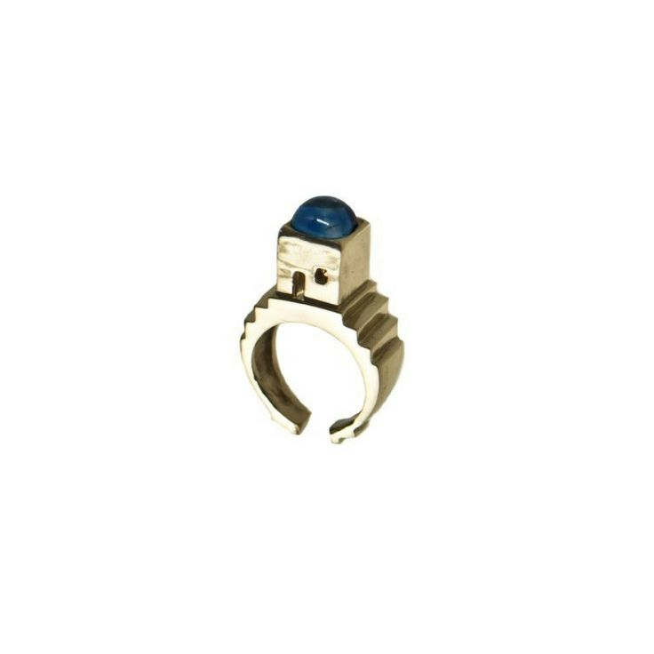 Dive with us into the deepest sea blue of the island of Capri with our precious ring! Discover more on www.corojewels.com!