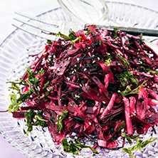Raw food! Smakrik, annorlunda sallad som tillbehör, även till grillat.